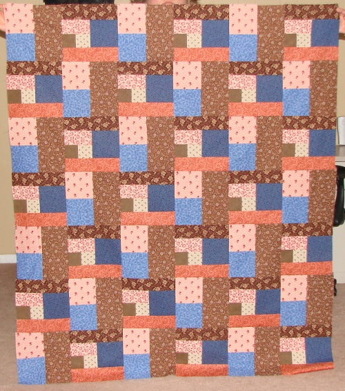 """""""My Quilting Buddies"""" Free Mystery Quilt Pattern designed by Holly from Fabric Mom"""